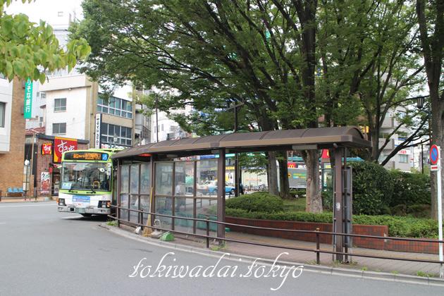 ときわ台駅前バス乗り場 赤羽行き