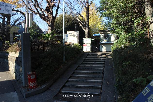 ときわ台駅南口自転車駐車場