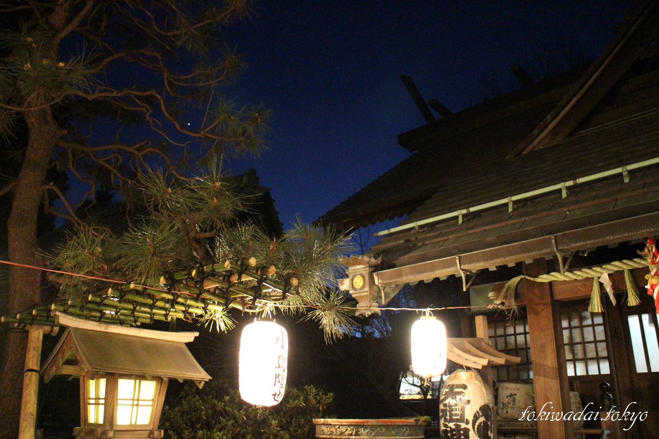 天祖神社、大晦日の様子。2016年。