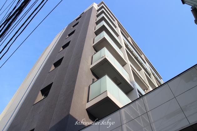 アーベイン 常盤台(URBANE TOKIWADAI)は、東武東上線「ときわ台駅」南口 徒歩3分の場所にある地上9階建、総戸数45戸のマンションです。